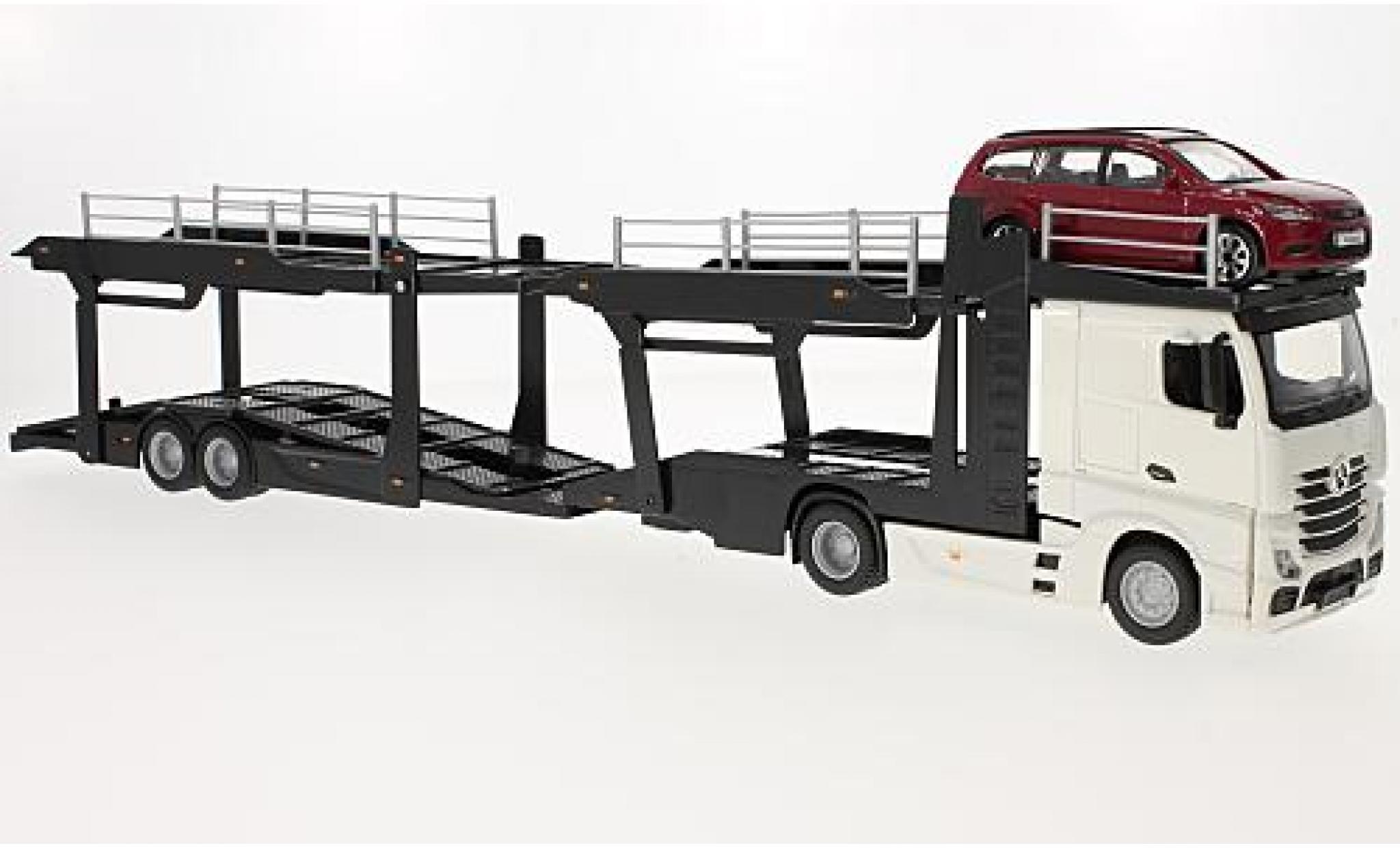 Mercedes Actros 1/43 Bburago 2545 blanche camion de transport de voiture avec Ford Focus Turnier