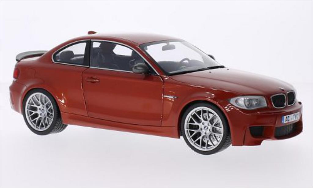 Bmw 1M M Coupe metallic-orange 2011 Minichamps. Bmw 1M M Coupe metallic-orange 2011 miniature 1/18
