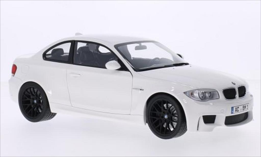 Bmw 1M 1/18 Minichamps Coupe white 2011 E82 diecast