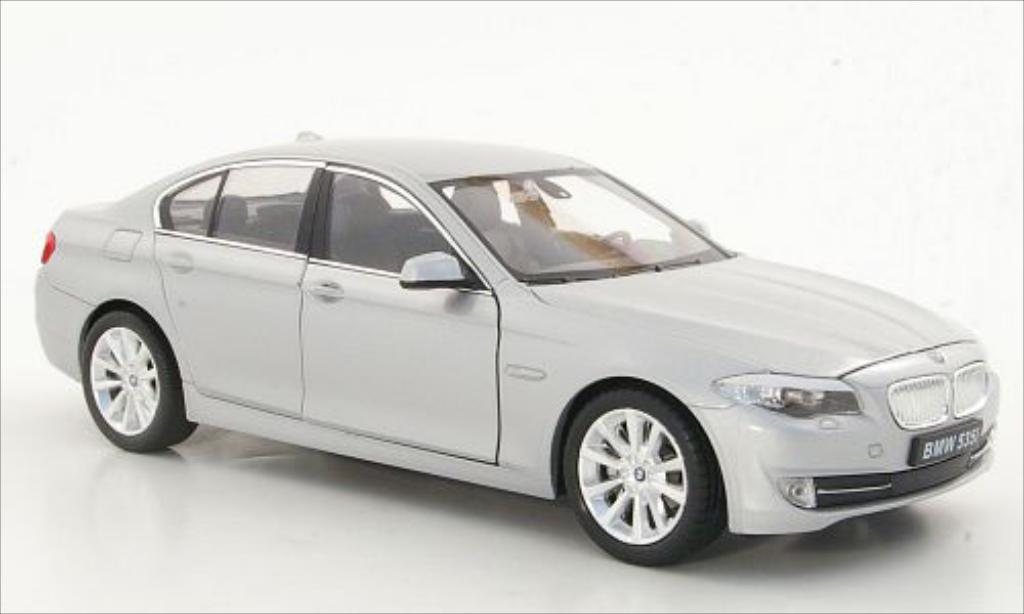 Bmw 535 (F10) gray Welly. Bmw 535 (F10) gray miniature 1/24