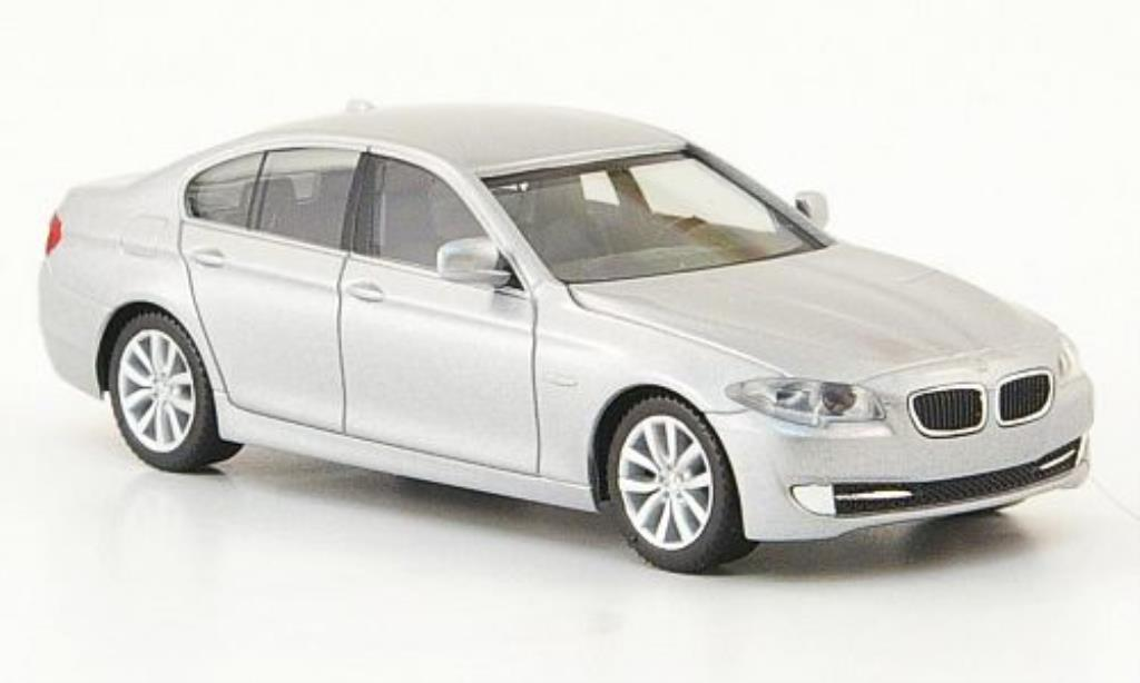 Bmw 550 E60 Limousine Gray 2010 Herpa Diecast Model Car 1