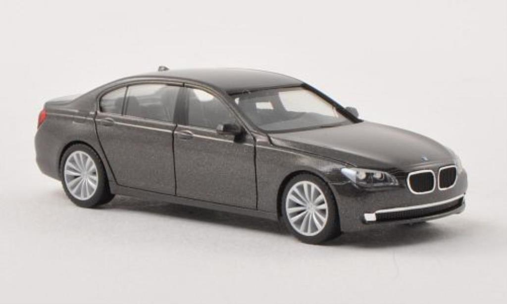 Bmw 730 F02 Lang (F02) gray Herpa. Bmw 730 F02 Lang (F02) gray miniature 1/87