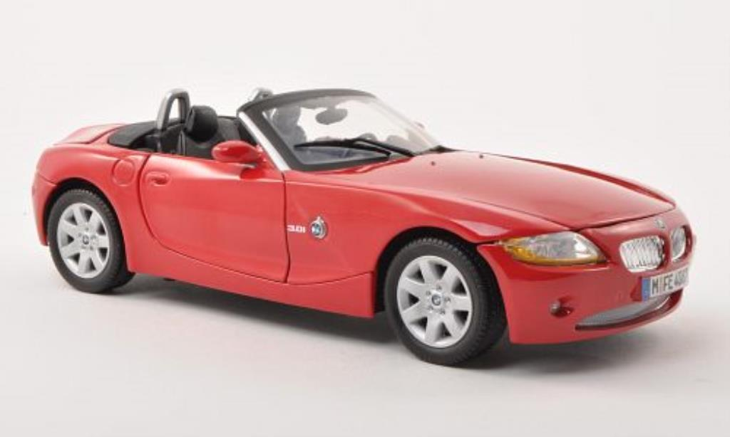 bmw z4 e85 miniature rouge 2008 motormax 1 18 voiture. Black Bedroom Furniture Sets. Home Design Ideas