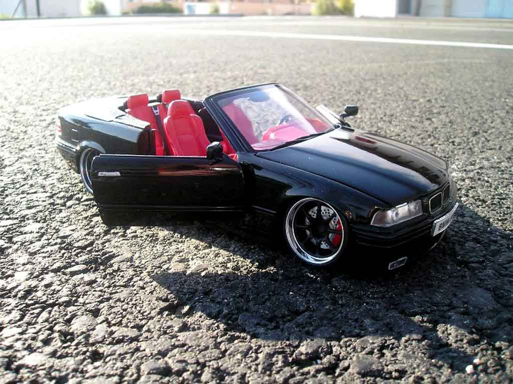 Bmw 325 E36 1/18 Maisto cabriolet black interieur cuir red jantes blacks bords chromes tuning diecast