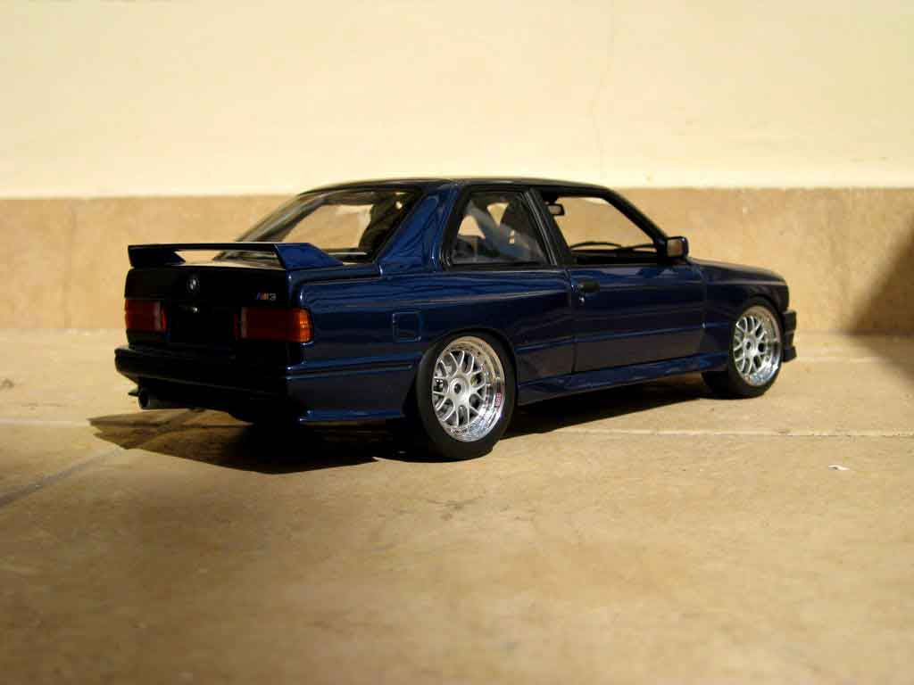 bmw m3 e30 miniature rsi evolution swap moteur v10 minichamps 1 18 voiture. Black Bedroom Furniture Sets. Home Design Ideas