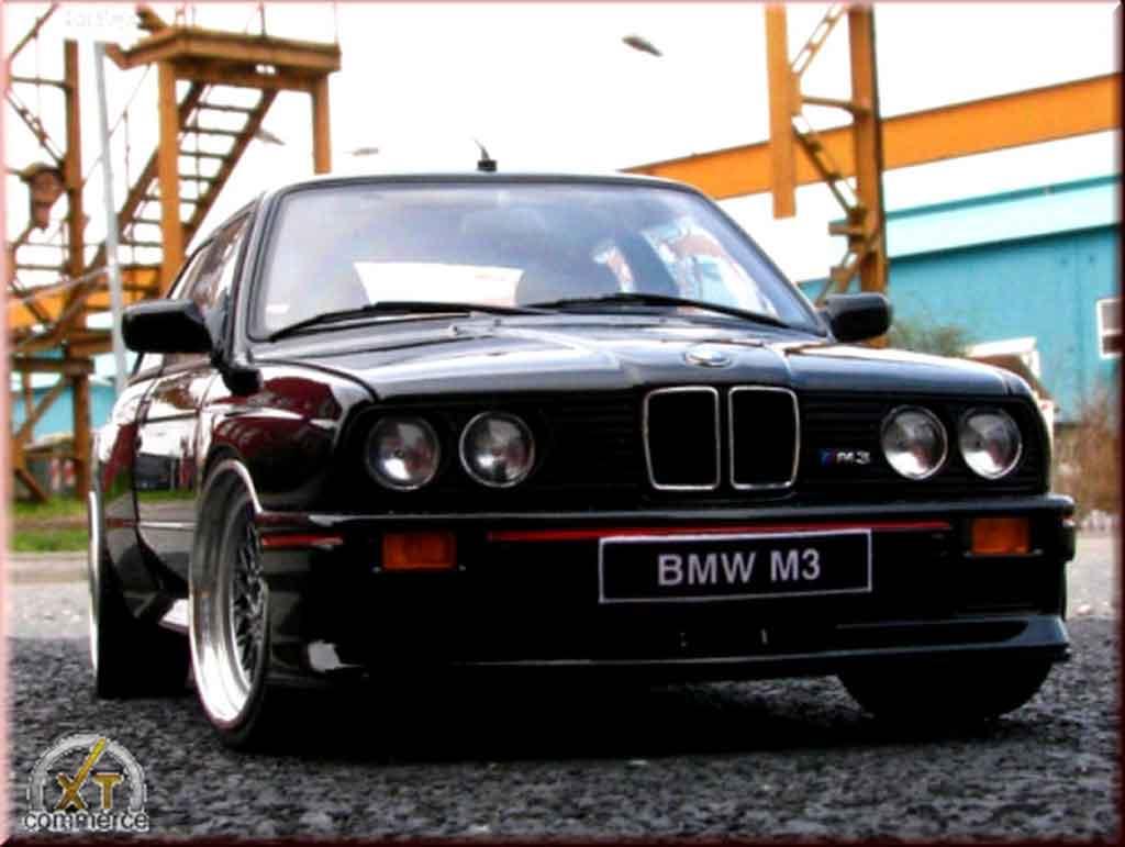 Bmw M3 E30 1/18 Autoart sport evolution schwarz jantes bbs rs 17 pouces tuning modellautos