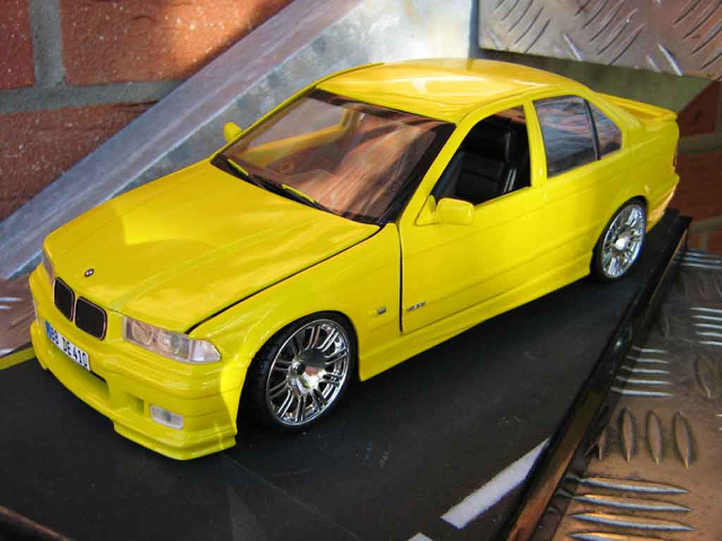 Bmw M3 E36 berline 1/18 Ut Models rtr yellow carlux jantes m3 gtr
