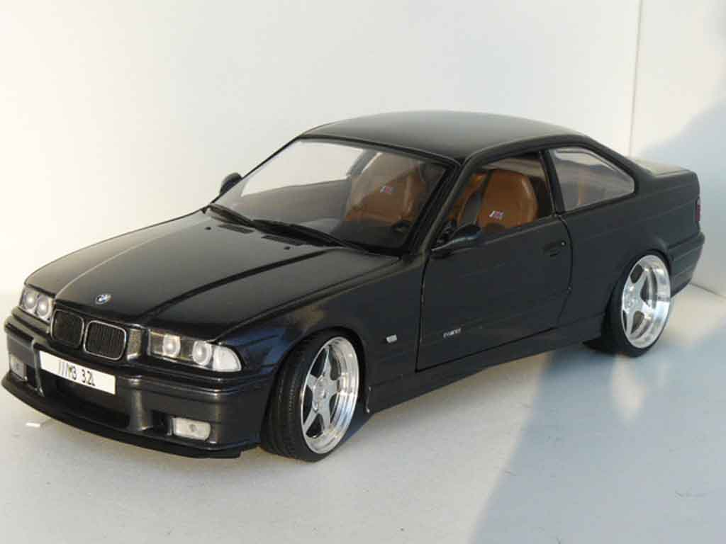 Bmw M3 E36 1/18 Ut Models 3.2 l titanium grey tuning diecast model cars