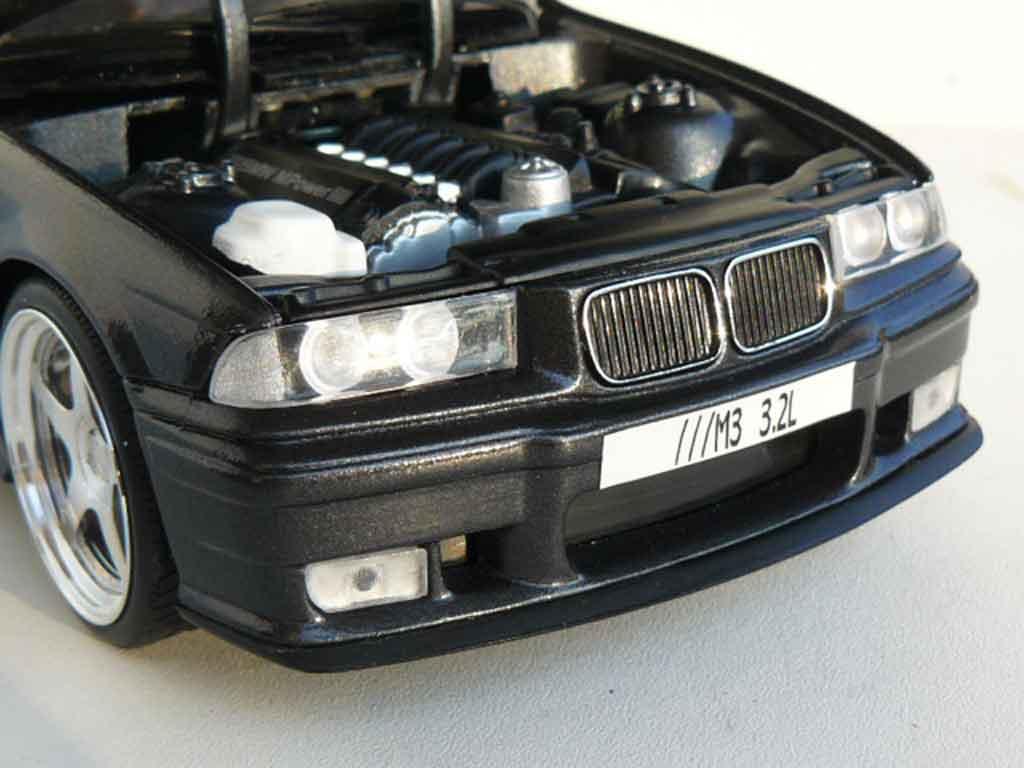 Bmw M3 E36 1/18 Ut Models 3.2 l titanium gray