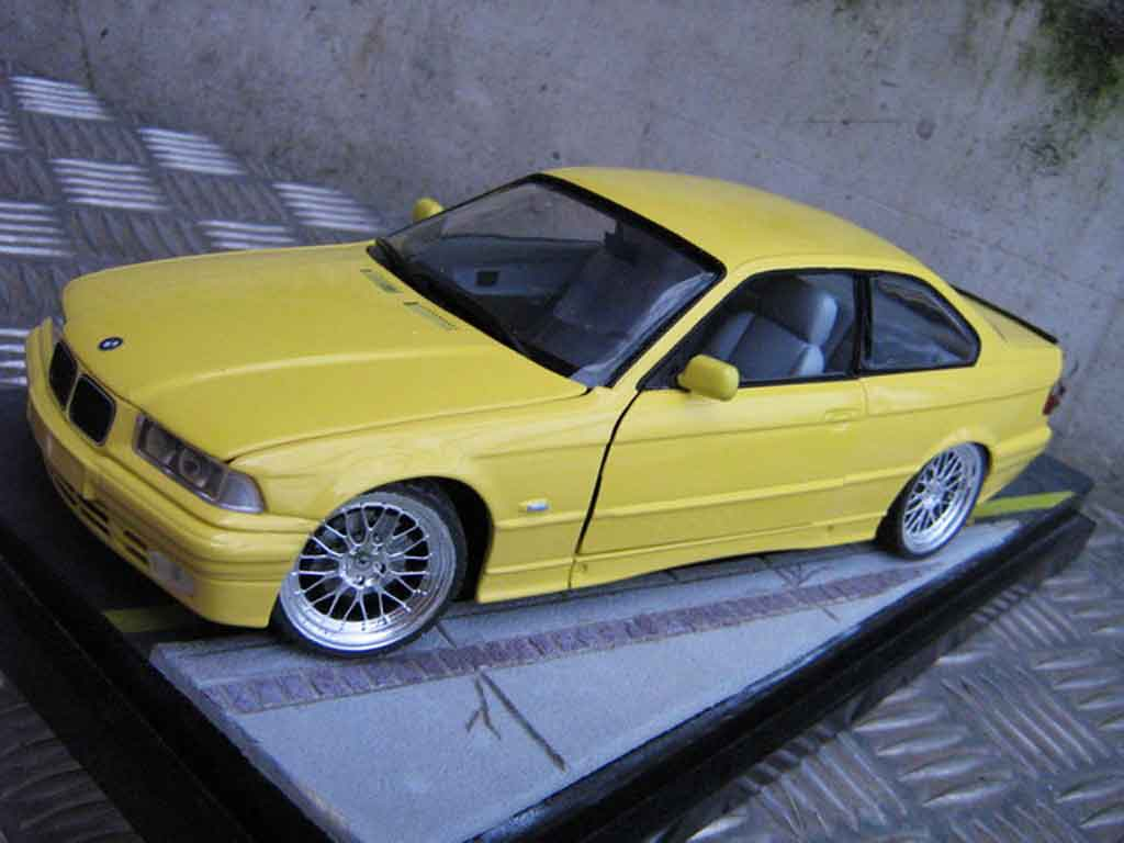 bmw m3 e36 jaune felgen bbs le mans feux arriere 3 2 ut. Black Bedroom Furniture Sets. Home Design Ideas