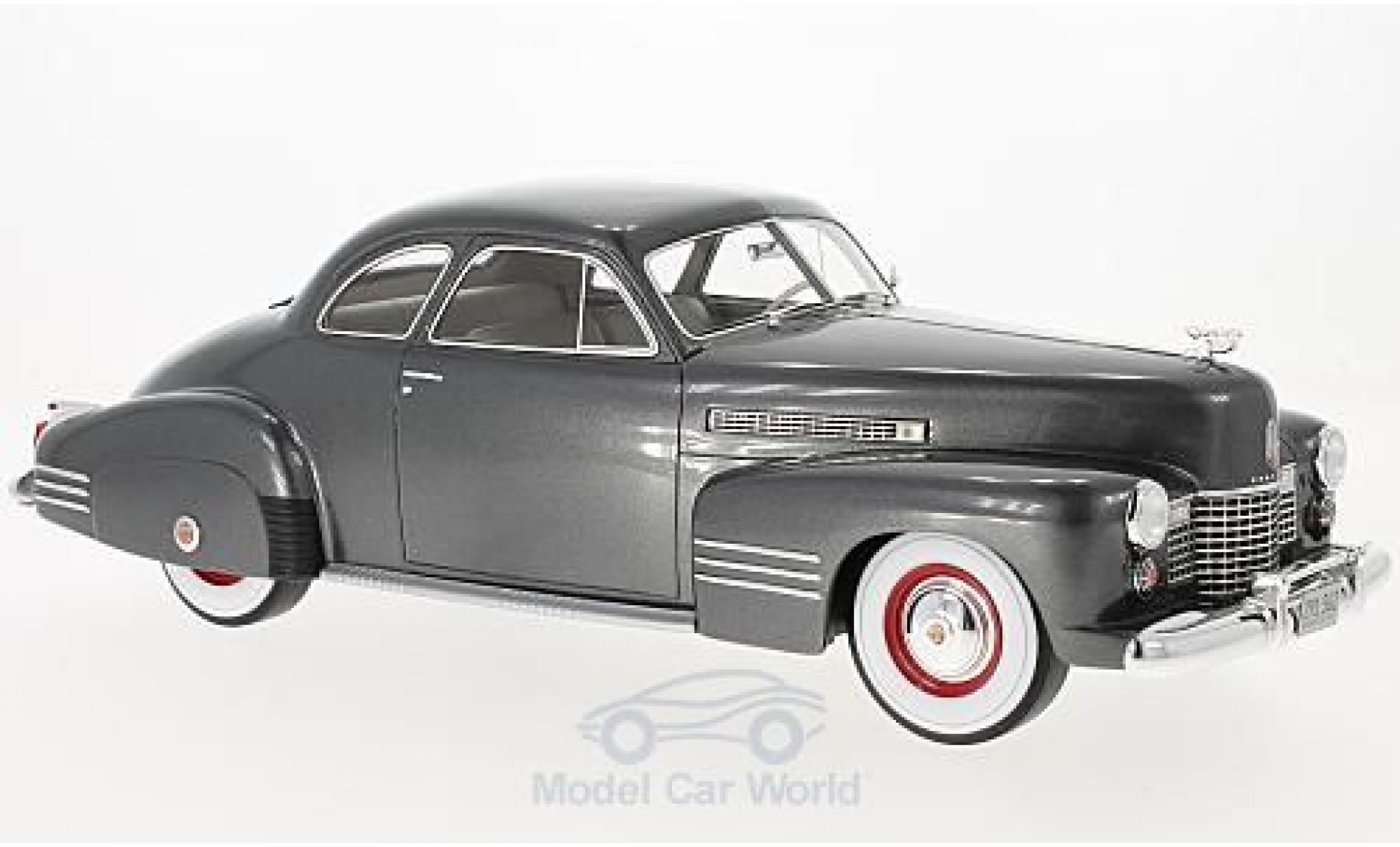 Cadillac Series 62 1/18 BoS Models Club Coupe métallisé grise 1941 ohne Vitrine