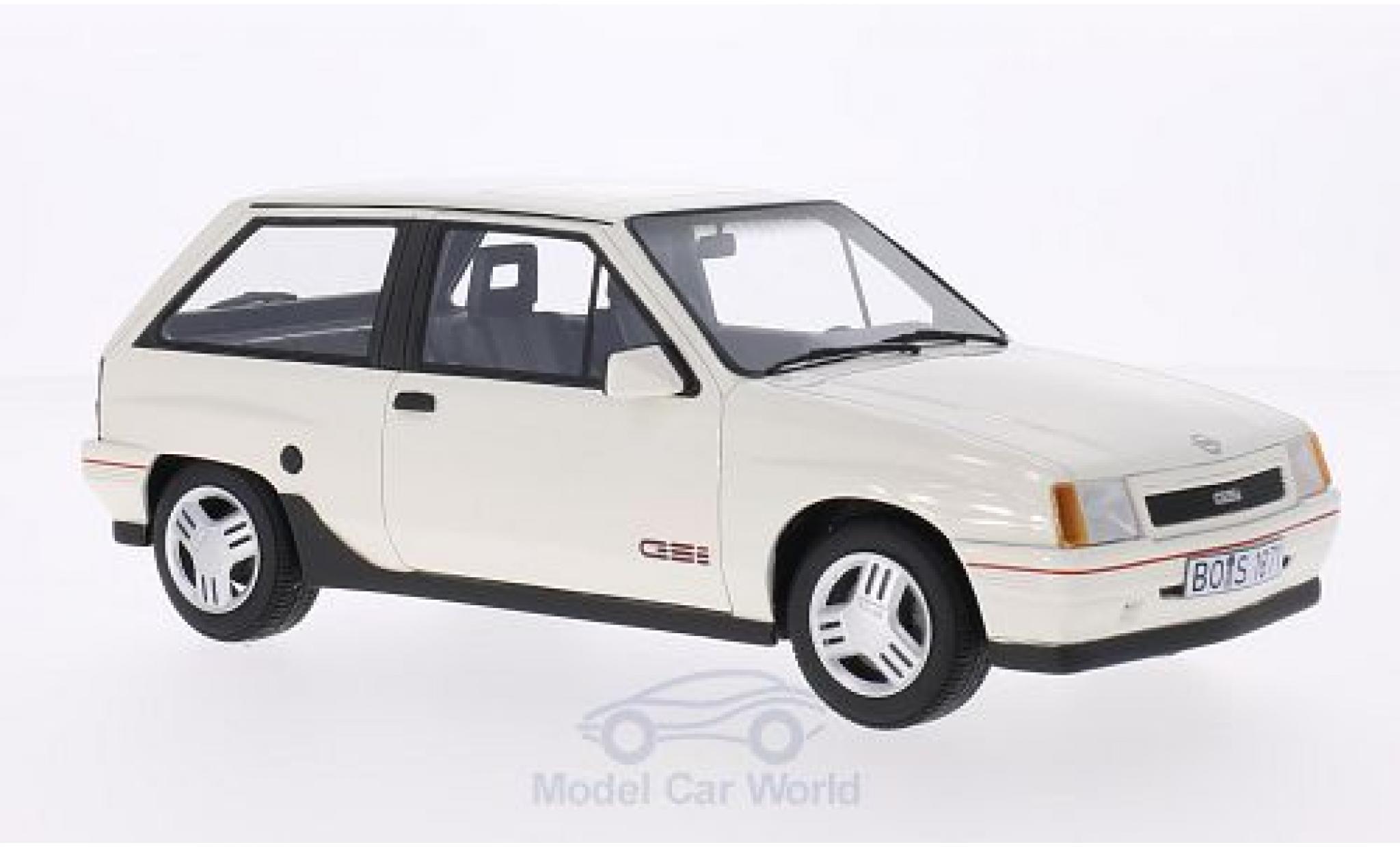 Opel Corsa a blanco 1982 1:43 Schuco maqueta de coche