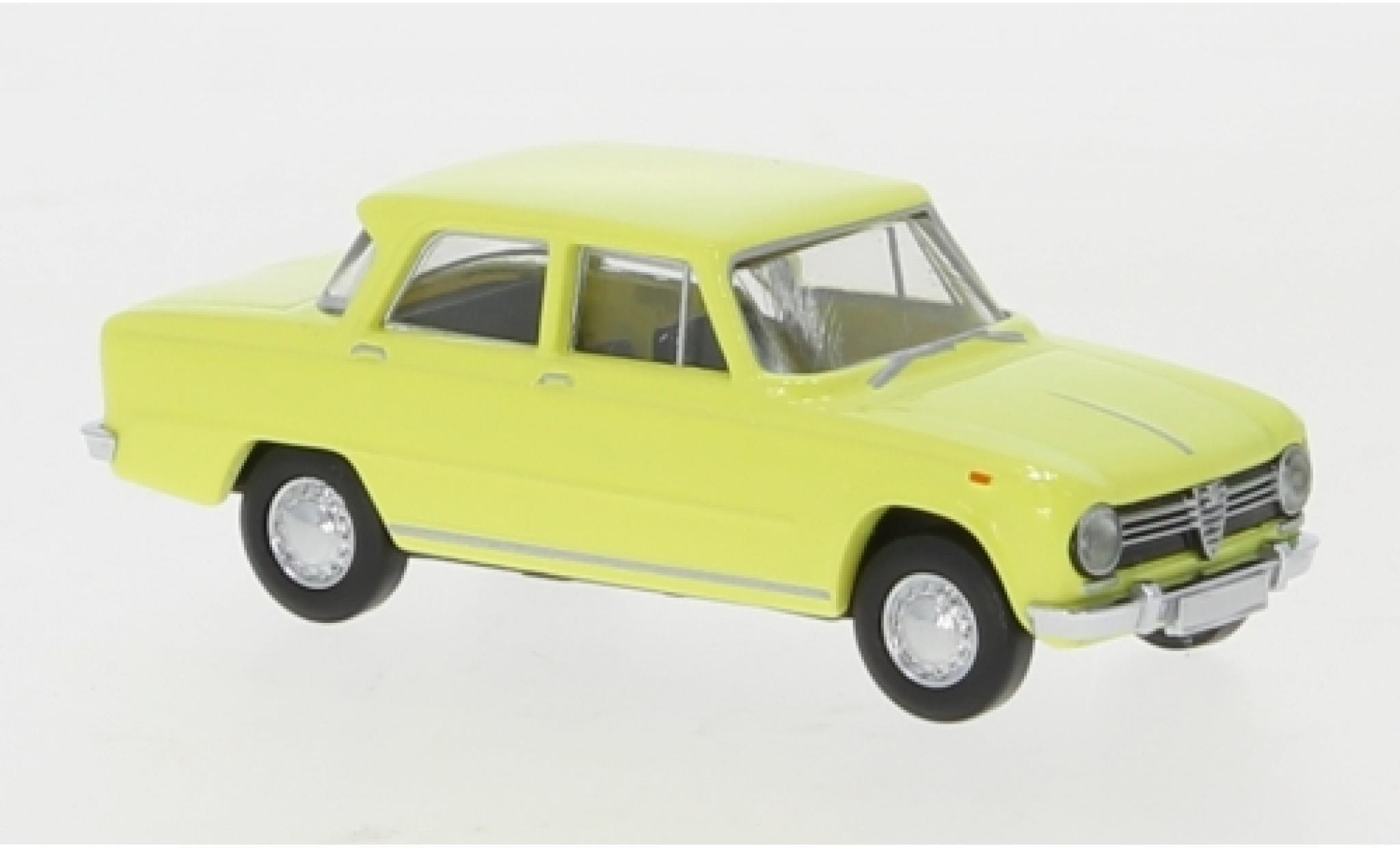 Alfa Romeo Giulia 1/87 Brekina 1300 yellow 1962