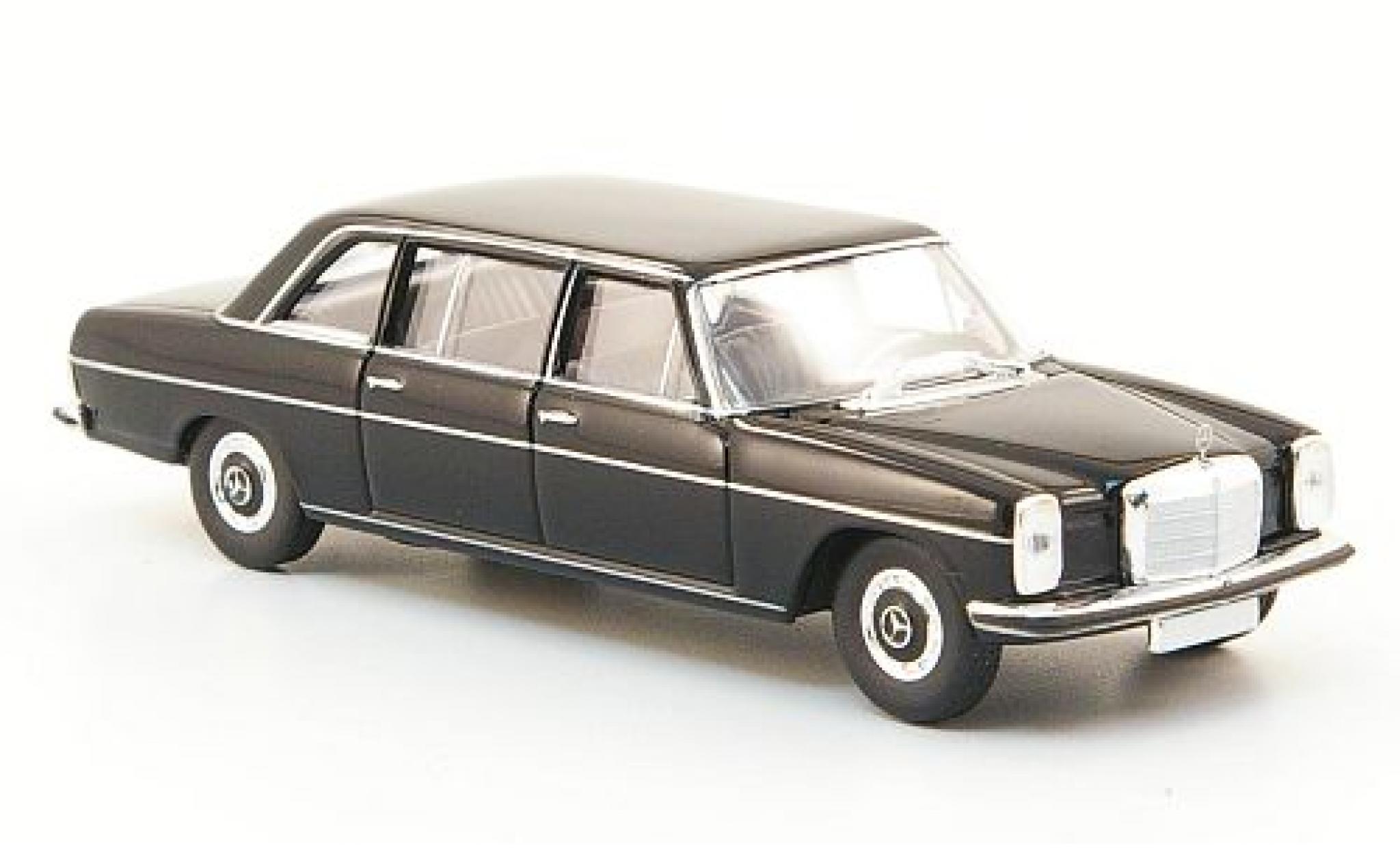Mercedes 220 1/87 Brekina Starmada D lang (W115) noire