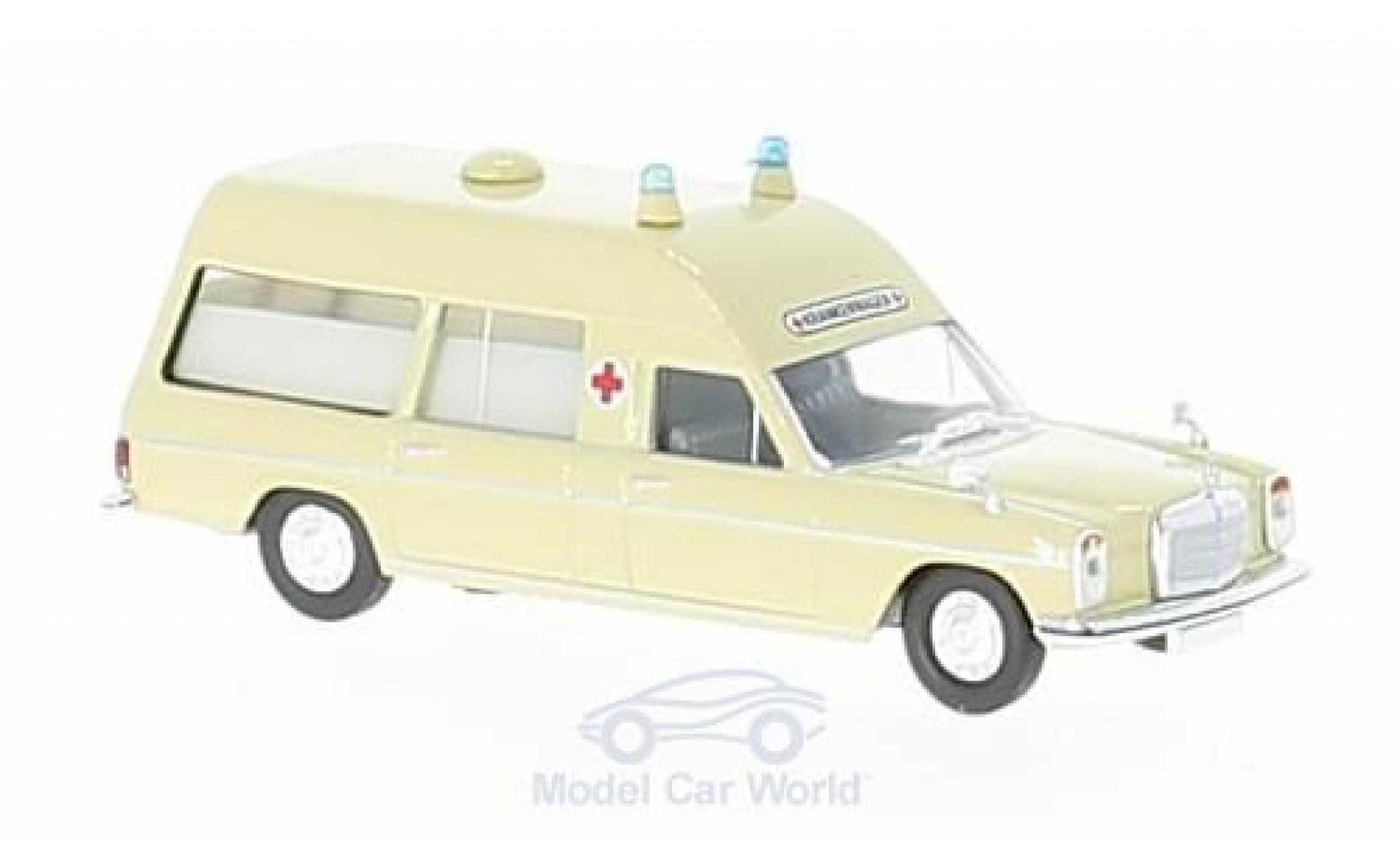Mercedes /8 1/87 Brekina Starmada beige Krankenwagen ohne Vitrine