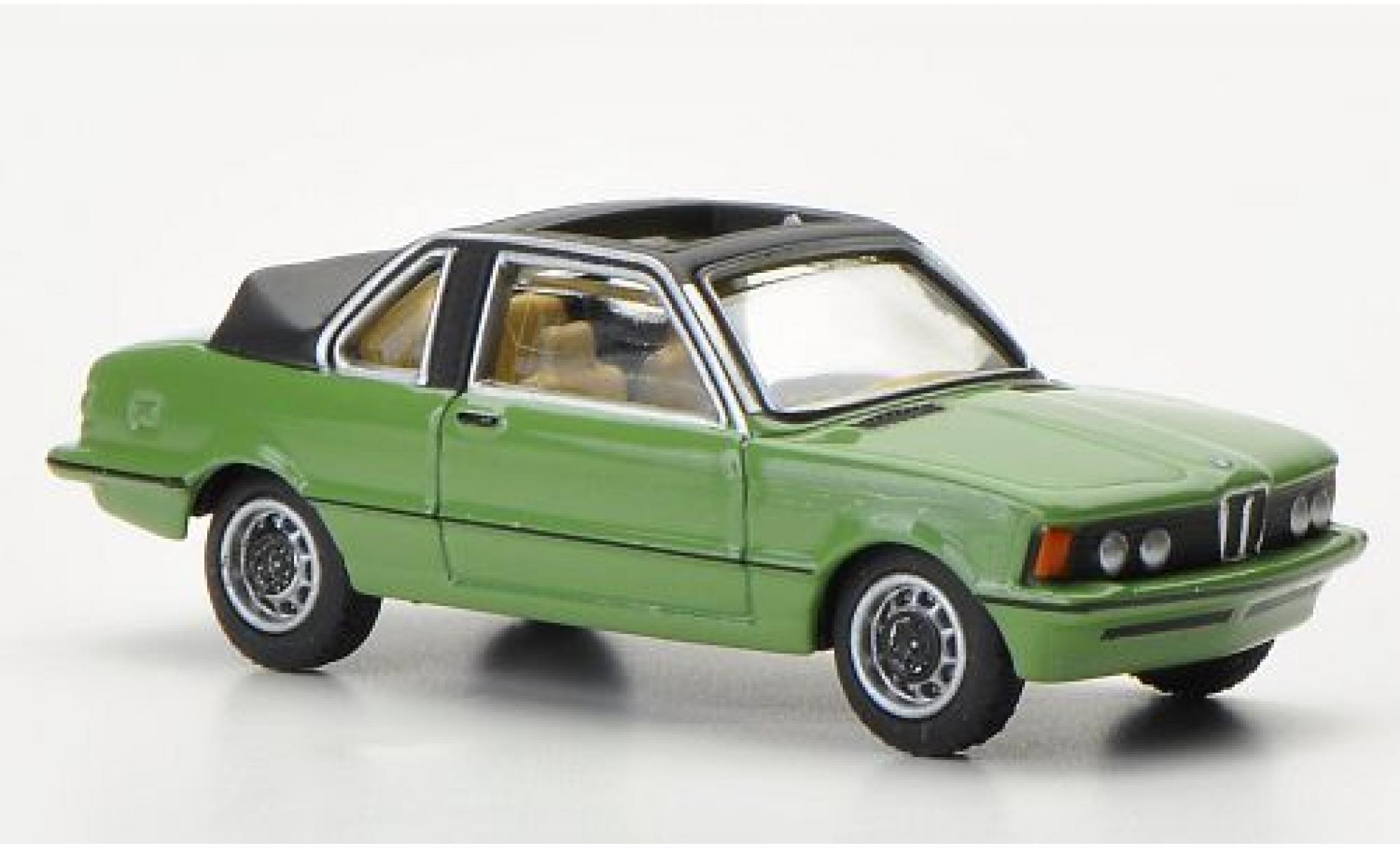 Bmw 320 1/87 Bub Baur Cabrio verte