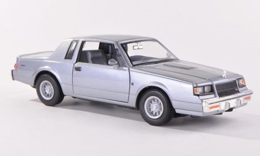 Buick Regal 1/24 Motormax grise 1987 miniature