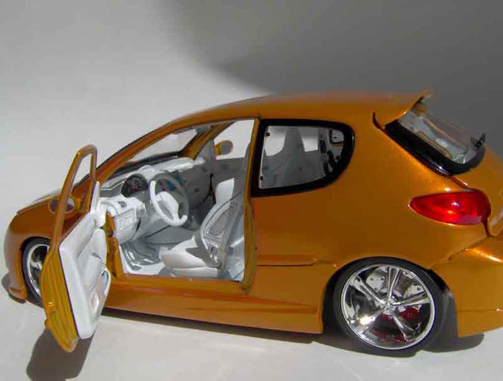 peugeot 206 rc orange norev coches miniaturas 1 18 comprar venta coches miniaturas en coches. Black Bedroom Furniture Sets. Home Design Ideas
