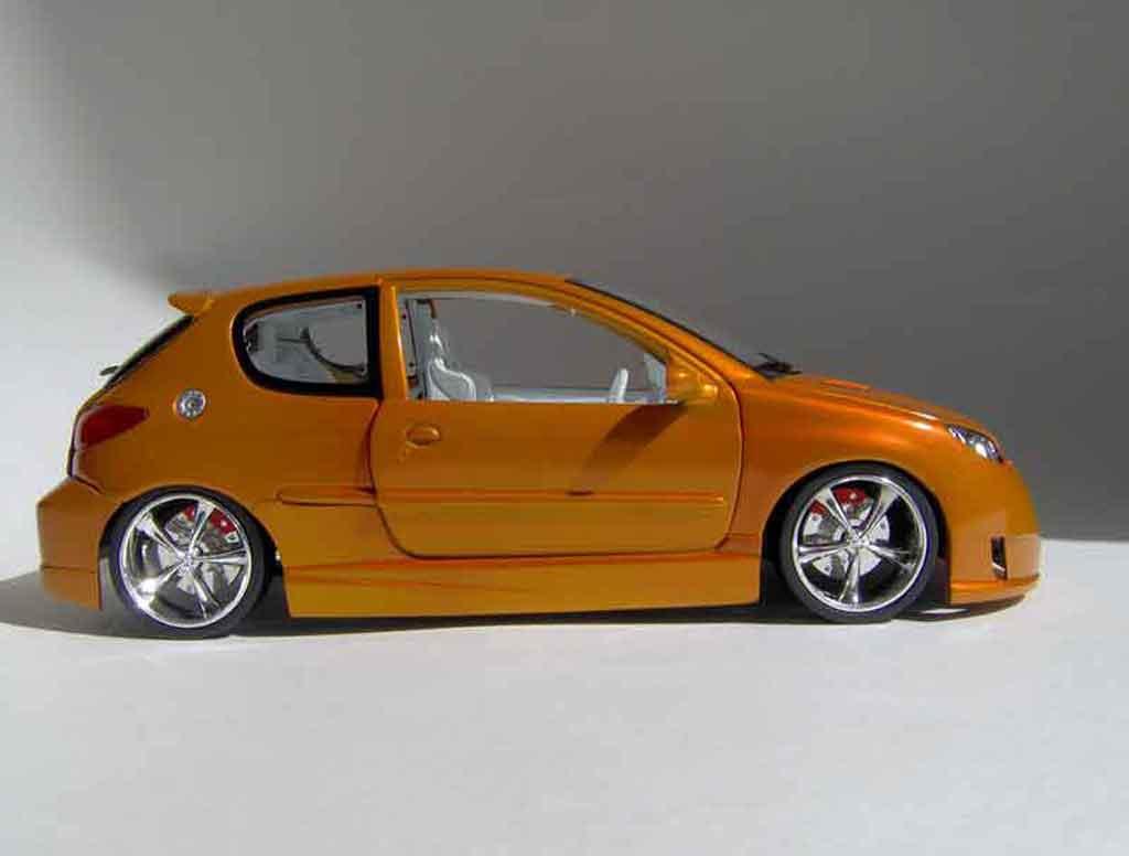 peugeot 206 rc miniature orange norev 1 18 voiture. Black Bedroom Furniture Sets. Home Design Ideas