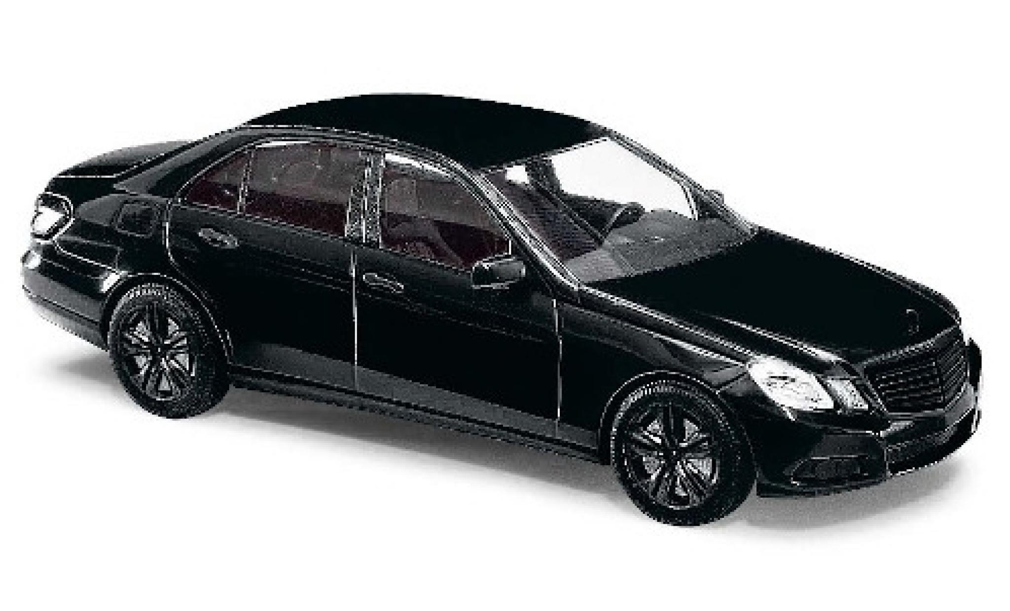 Mercedes Classe E 1/87 Busch (W212) metallise noire Black Edition