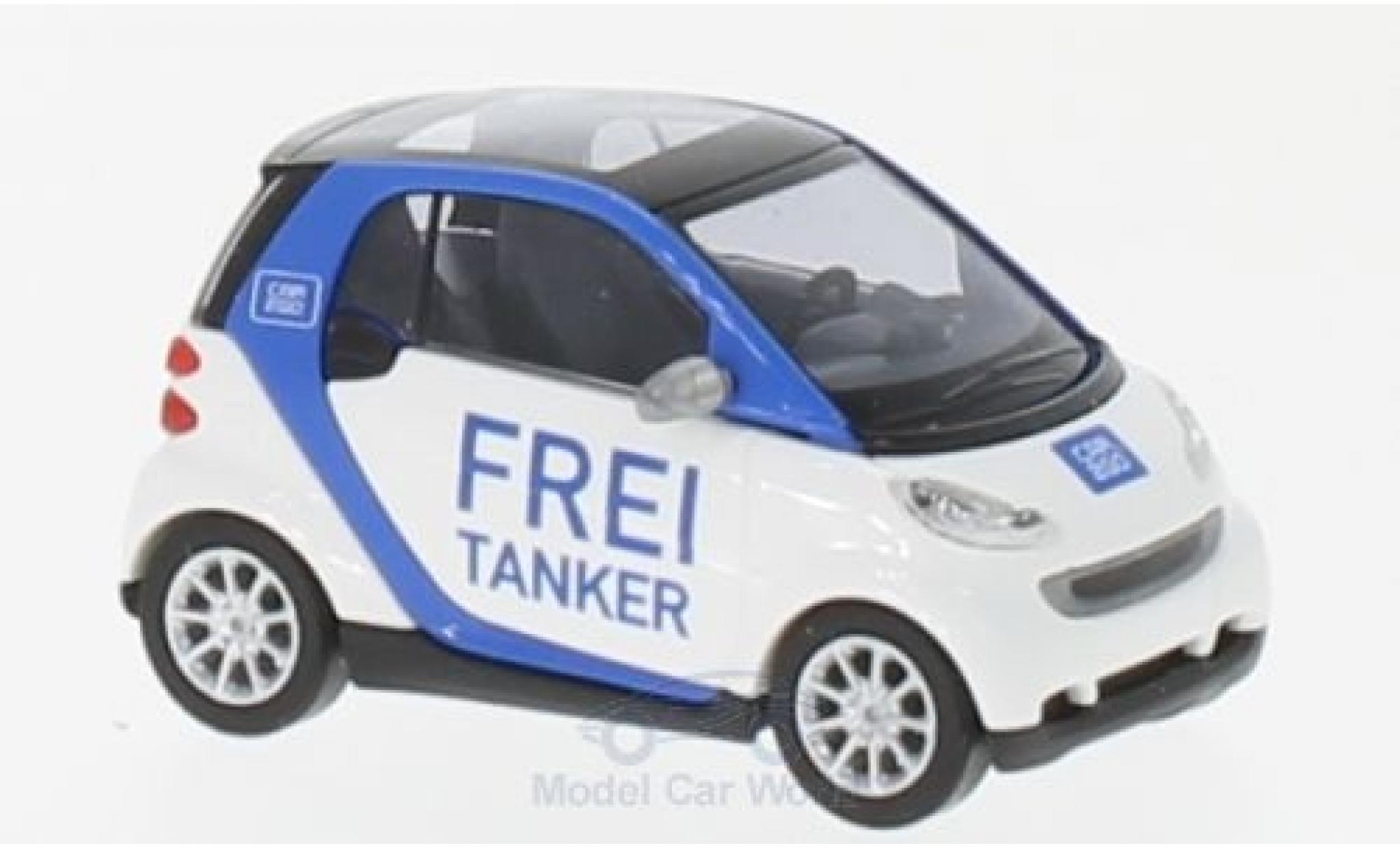 Smart ForTwo 1/87 Busch Fortwo Frei Tanker 2007 Car2go