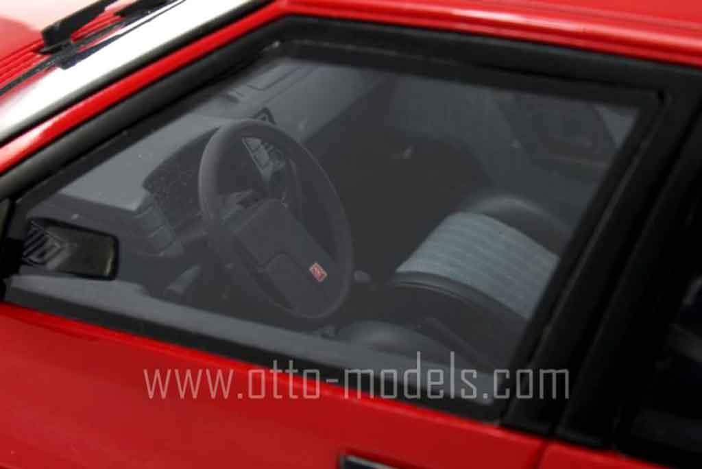 Citroen BX 1/18 Ottomobile 19 gti rouge