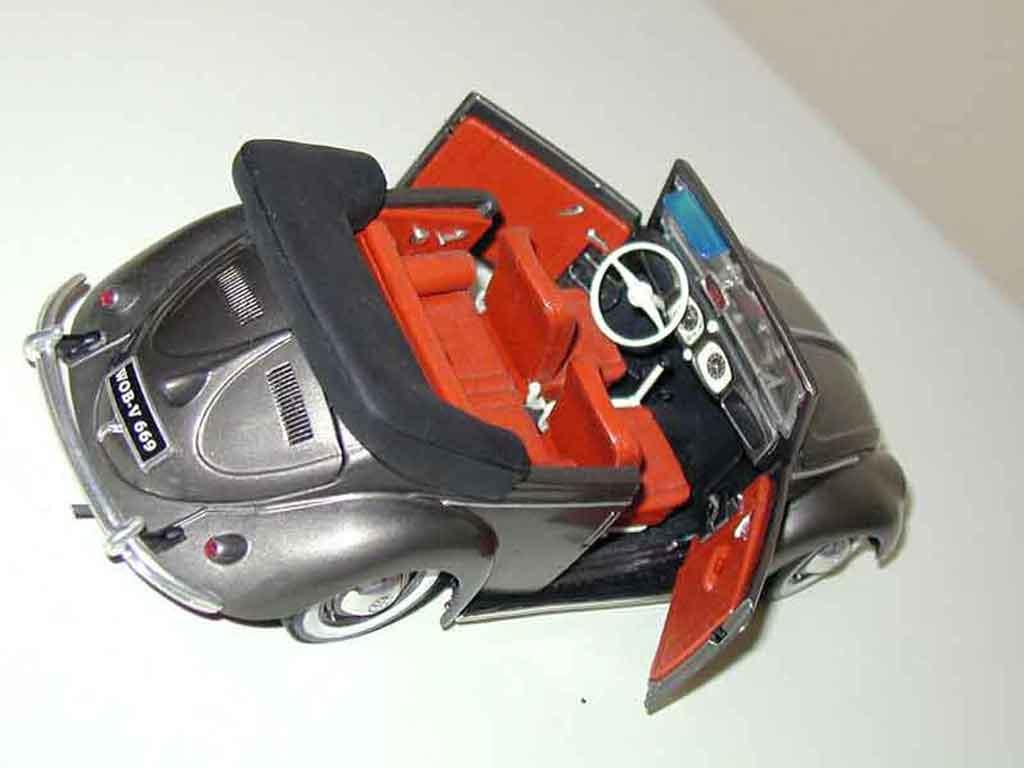 Volkswagen Kafer 1/18 Maisto Coccinelle Cabriolet 51 gray metallisee