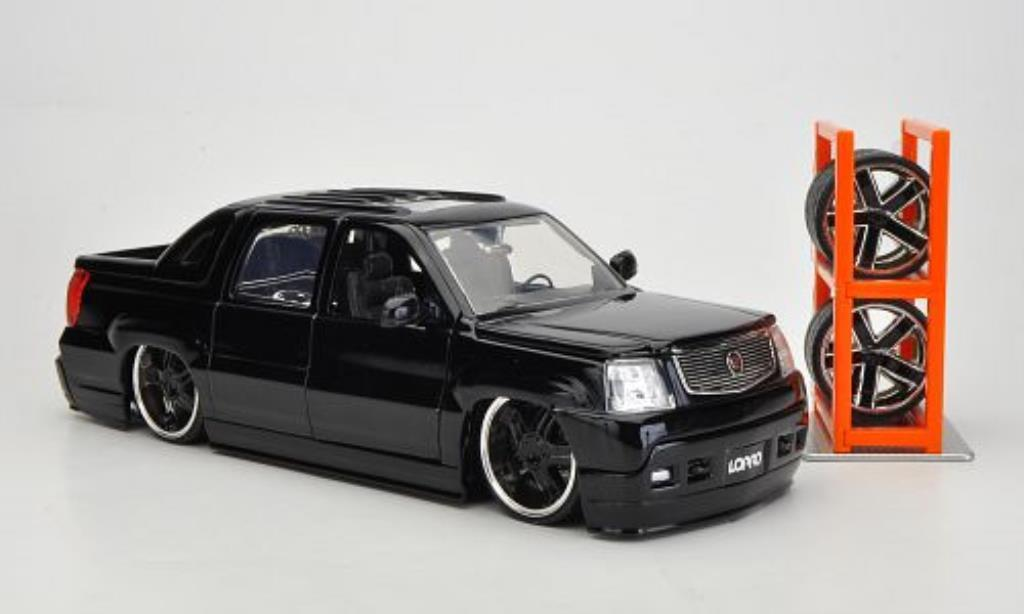 cadillac escalade ext tuning schwarz 2002 jada toys modellauto 1 24 kaufen verkauf modellauto. Black Bedroom Furniture Sets. Home Design Ideas