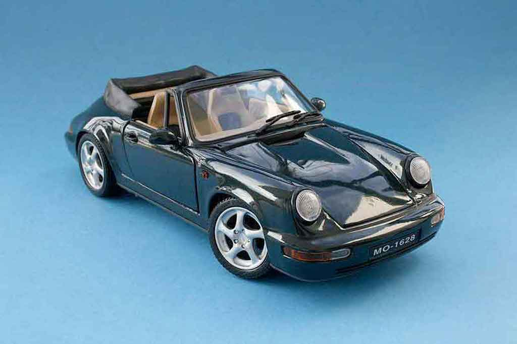 porsche 964 cabriolet carrera 4 maisto modellauto 1 18 kaufen verkauf modellauto online. Black Bedroom Furniture Sets. Home Design Ideas