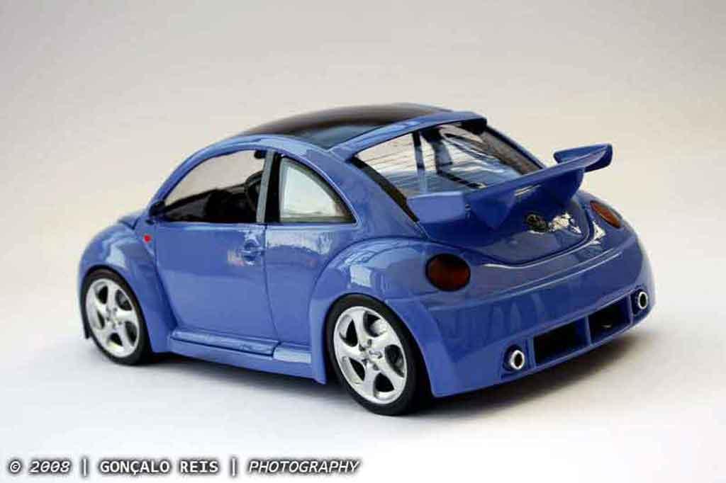 Volkswagen New Beetle RSI 1/18 Burago cup street edition