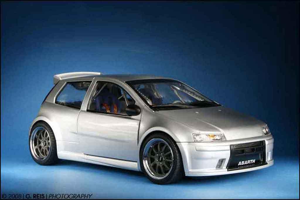 Fiat Punto 1/18 Ricko super 1600 street tuning modellautos