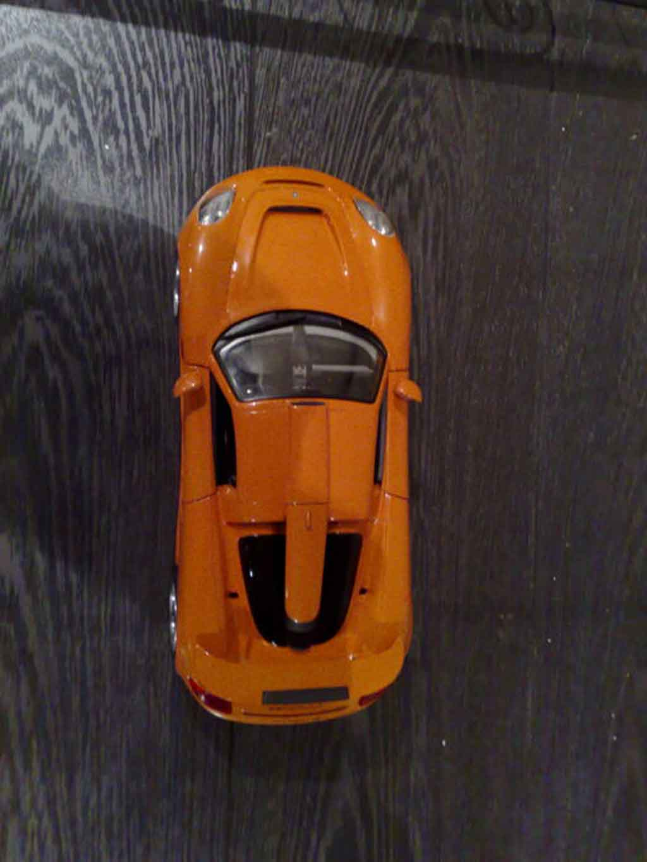 Gemballa Mirage GT 1/18 Maisto naranja