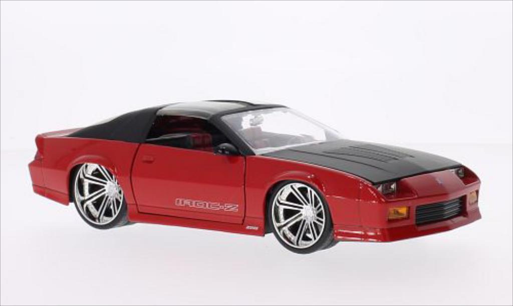 Chevrolet Camaro Z28 1/24 Jada Toys Toys IROC-Z Tuning rouge/matt-noire 1985