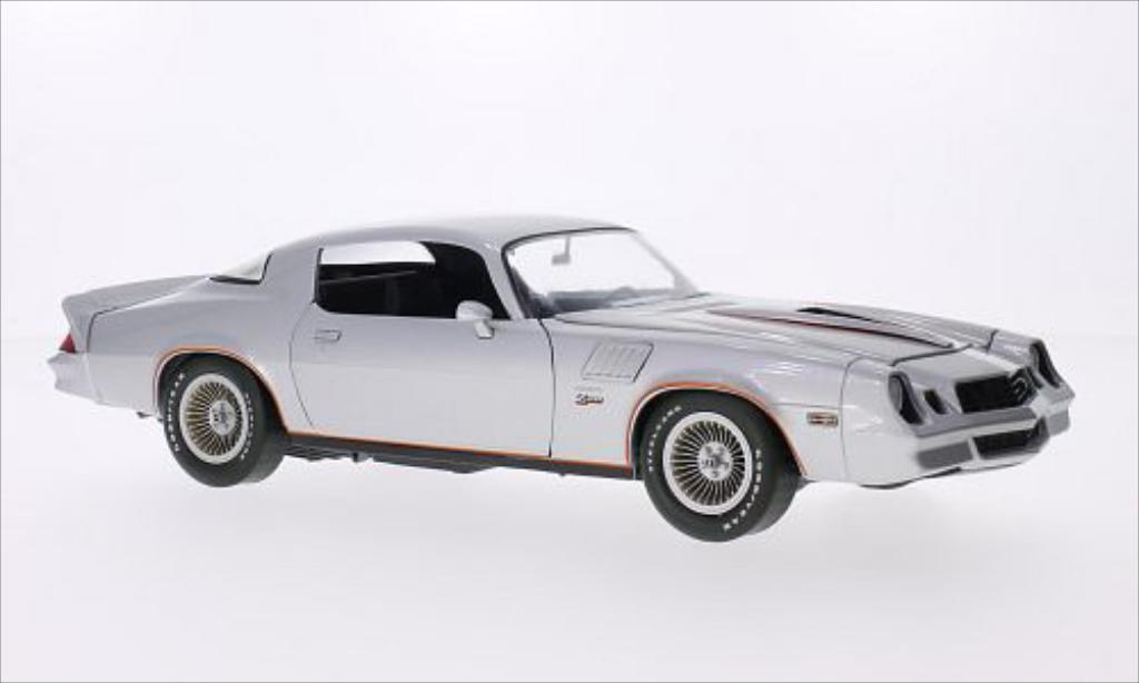 Chevrolet Camaro Z28 1/18 Greenlight gray/orange 1978 diecast