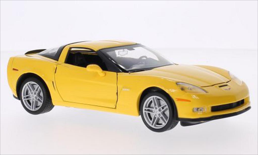 Chevrolet Corvette C6 1/24 Welly (C5) jaune 2007 miniature