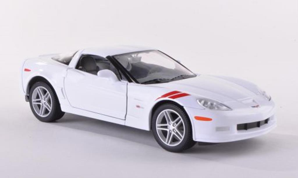 chevrolet corvette z06 c6 weiss 2007 mcw modellauto 1 24 kaufen verkauf modellauto online. Black Bedroom Furniture Sets. Home Design Ideas