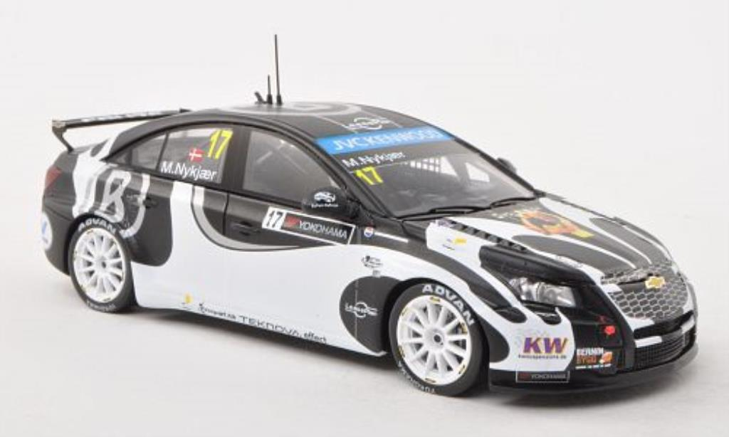 Chevrolet Cruze 1/43 Spark 1.6T No.17 Nika Racing WTCC 2013 miniature