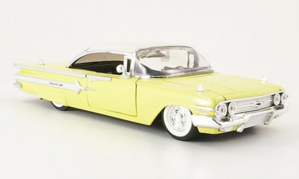 Chevrolet Impala 1/24 Jada Toys Toys pastelljaune/blanche 1960 miniature