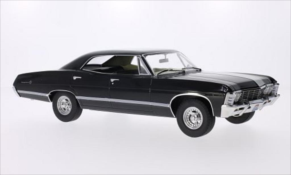 Chevrolet Impala 1/18 Greenlight Sport Sedan noire 1967 miniature