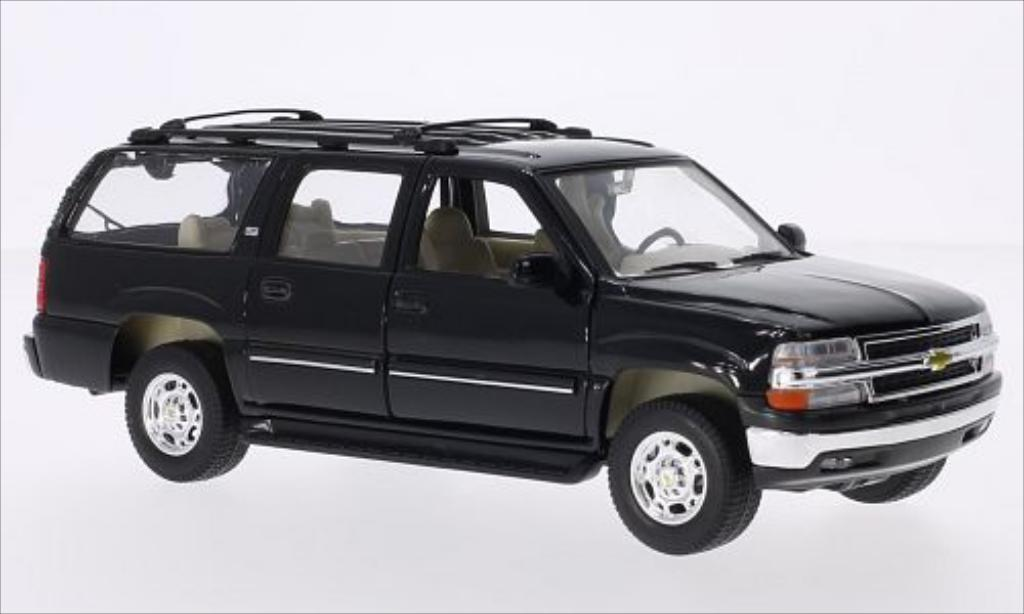 Chevrolet Suburban 1/24 Welly noire 2001 miniature