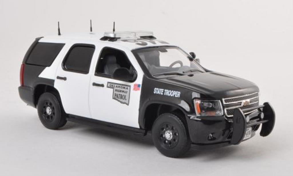 chevrolet tahoe oklahoma highway patrol polizei us 2011 mcw modellauto 1 43 kaufen verkauf. Black Bedroom Furniture Sets. Home Design Ideas