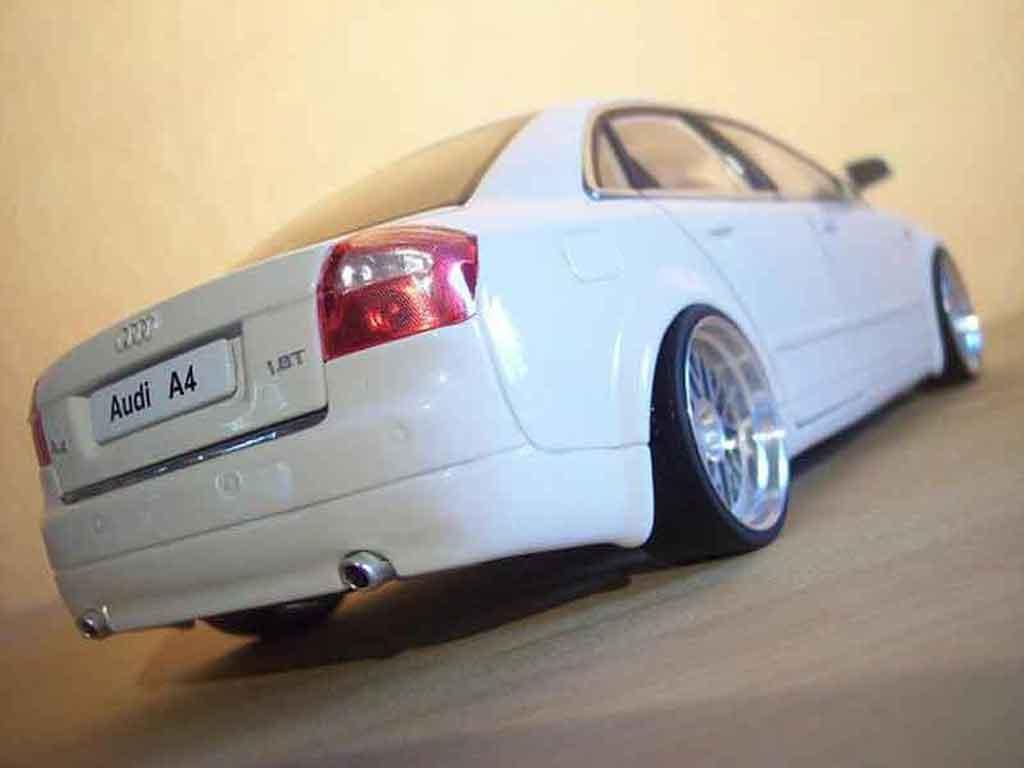 Audi A4 1/18 Minichamps bianca jantes bbs