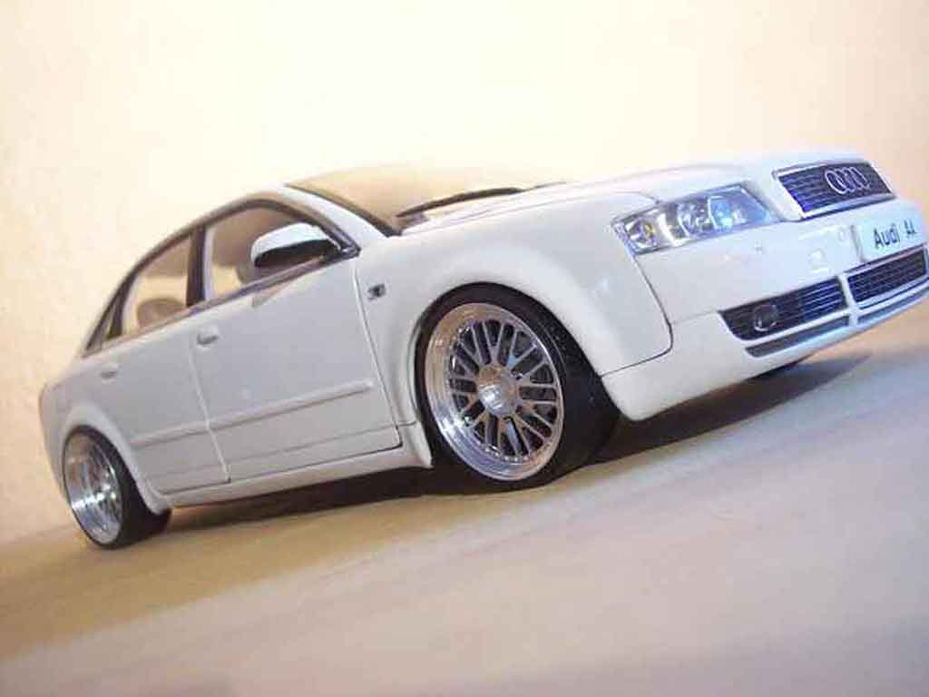 Audi A4 1/18 Minichamps blanche jantes bbs tuning miniature