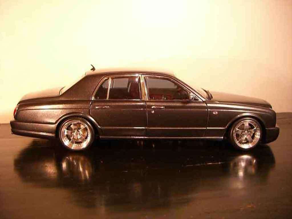Bentley Arnage 1/18 Minichamps t 2007