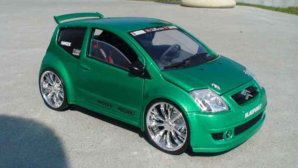 Citroen C2 tuning 1/18 Solido vts jantes 18 pouces tuning miniature