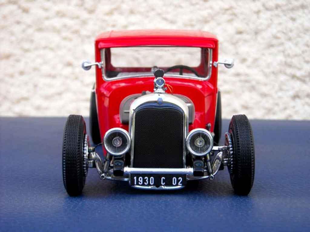 Citroen C4 1930 hot rod tuning Solido. Citroen C4 1930 hot rod Hot Rod miniature modèle réduit 1/18