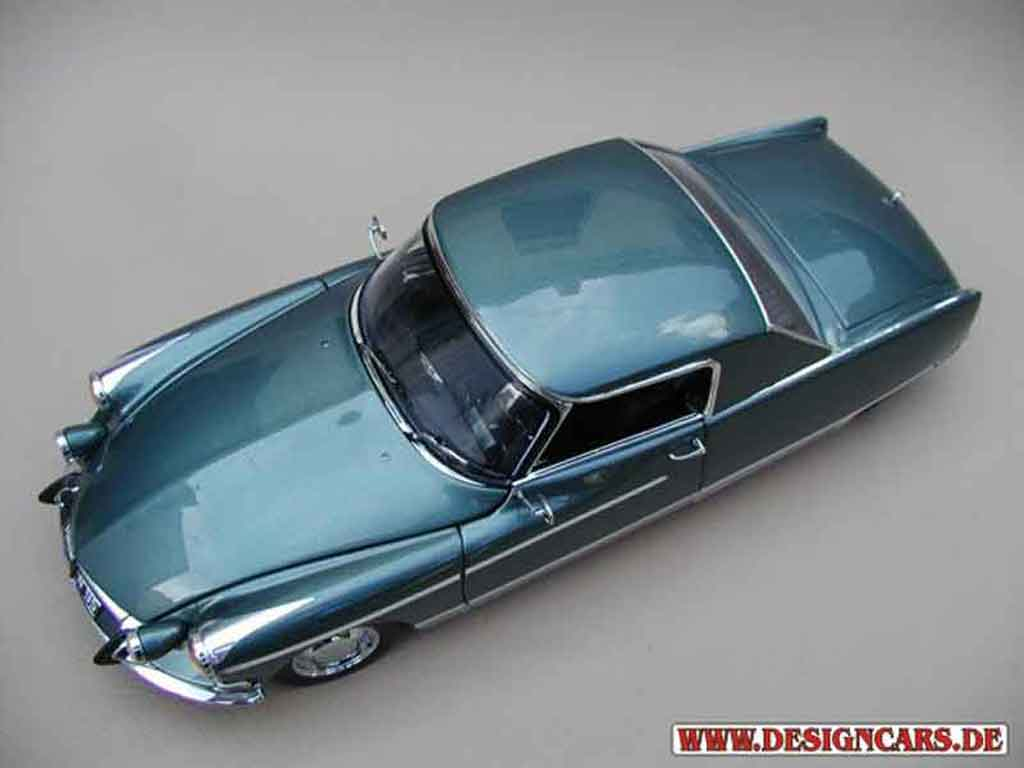 Citroen DS 19 1/18 Sun Star henri chapron coupe le dandy