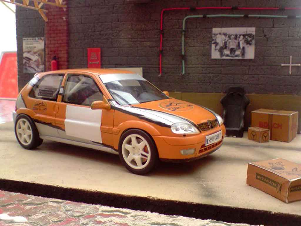 Citroen Saxo 1/18 Ottomobile vts groupe a rallye tuning miniature