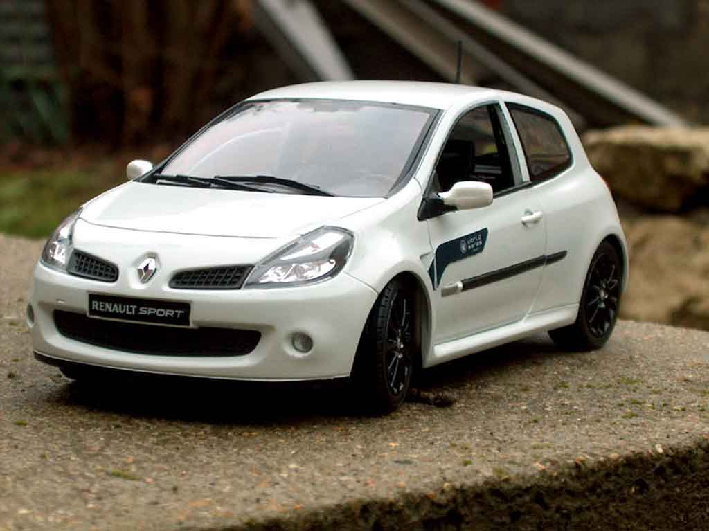 Renault Clio 3 RS 1/18 Solido wsr tuning diecast model cars