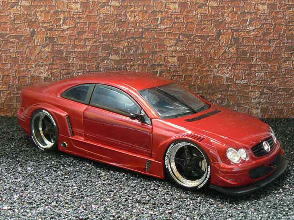 Mercedes Classe CL AMG DTM coupe 1/18 Maisto K AMG DTM coupe street rosso candy tuning modellino in miniatura